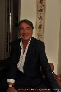 Théodore Yves Nassé - Psychanalyste - Sophrologue - Formateur - 7 avenue Frémiet - 75016 Paris